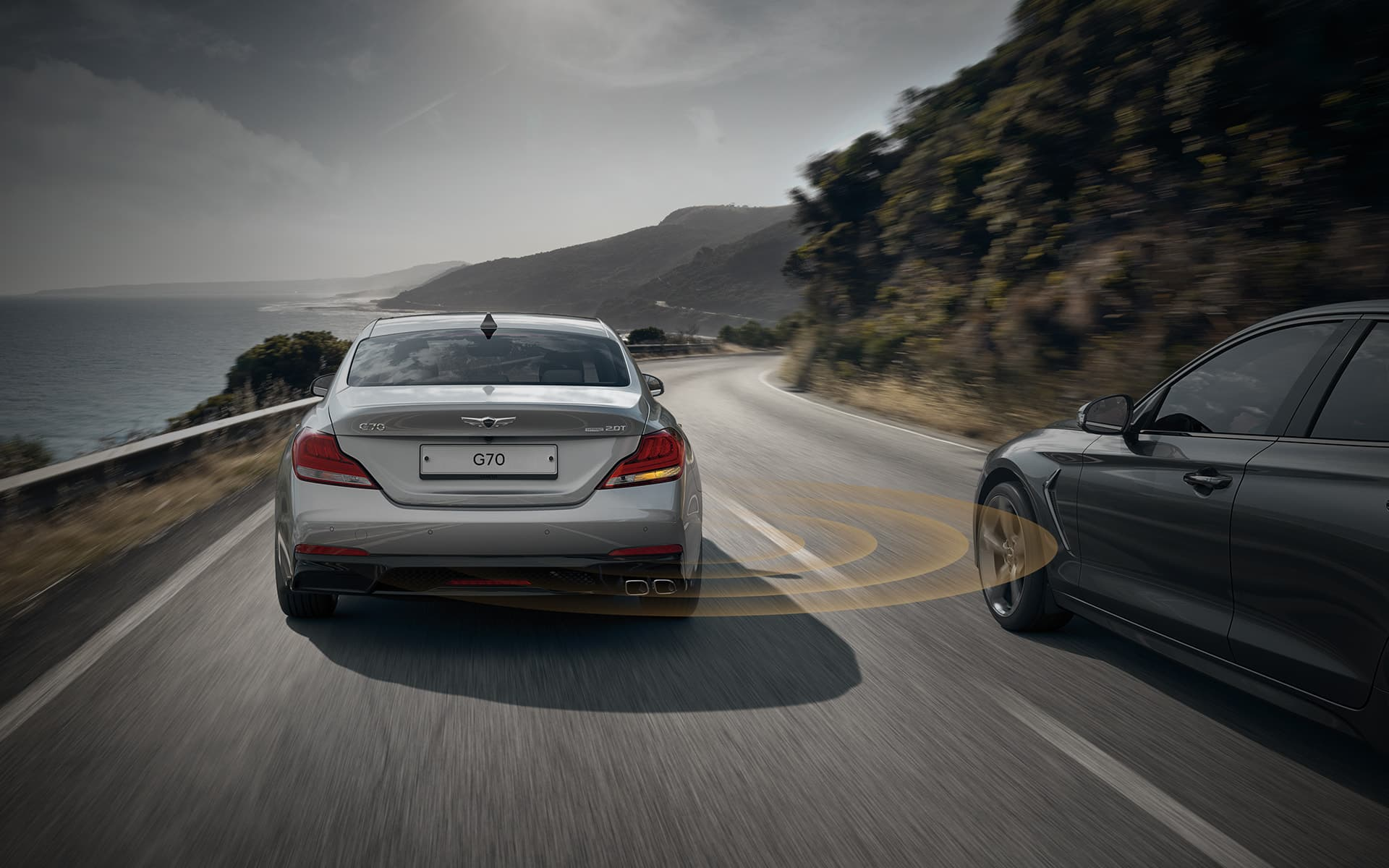 GENESIS G70 Safety Features - 후측방 충돌 경고